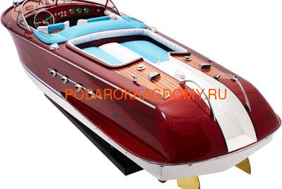 Модель катера