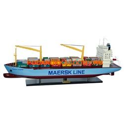 Макет (модель) грузового судна